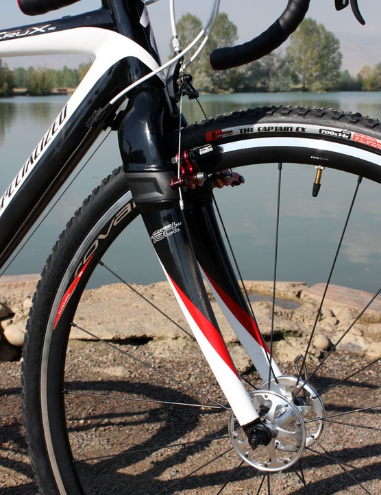 The FACT carbon fork features Speed Zertz inserts around the brake posts