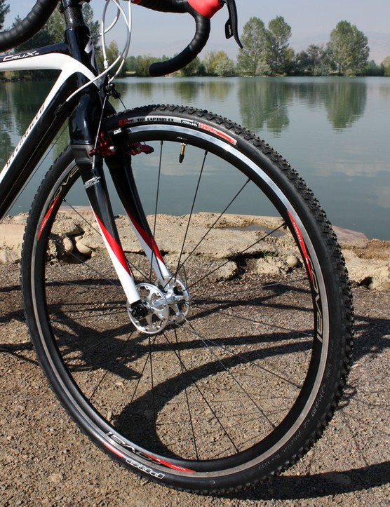 Specialized's own Roval Pavé SL wheels are reasonably light at 1,625g a set