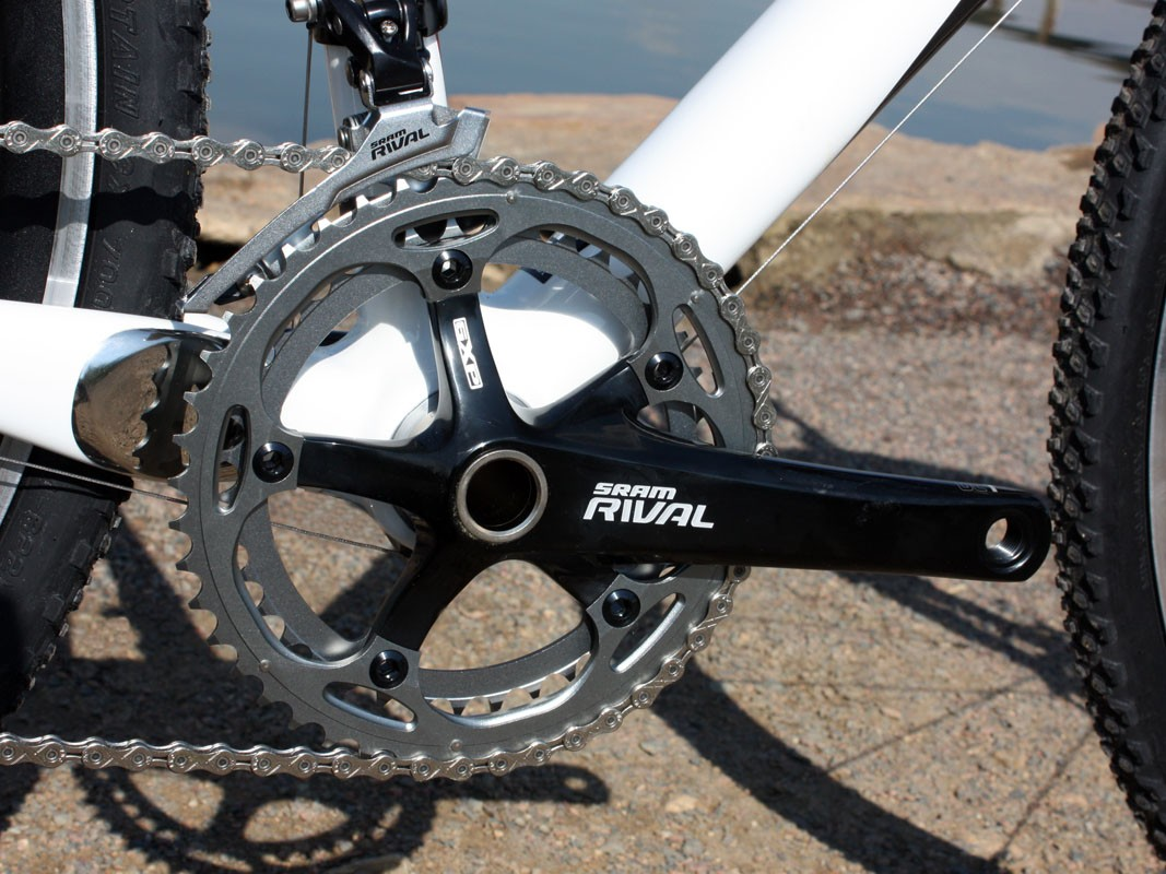 Specialized fit the SRAM Rival crank with 'cross-friendly 38/46T chainrings