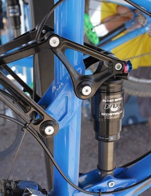 A look at the Endorphin SL's pedaling-friendly Four by 4 suspension design