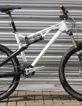 Chumba Racing VF2 (medium, white)
