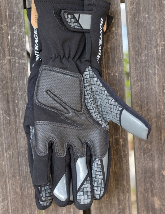The palm of the RXL Thermal glove sports all of the brand's bells and whistles