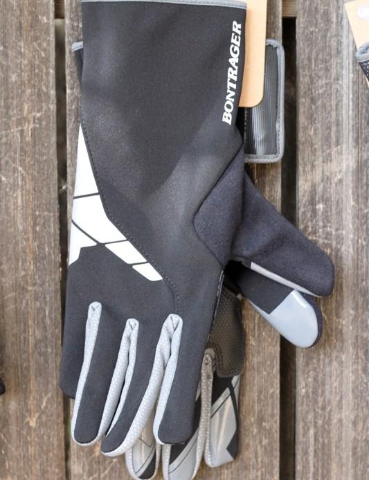 The Bontrager Race Windshell glove