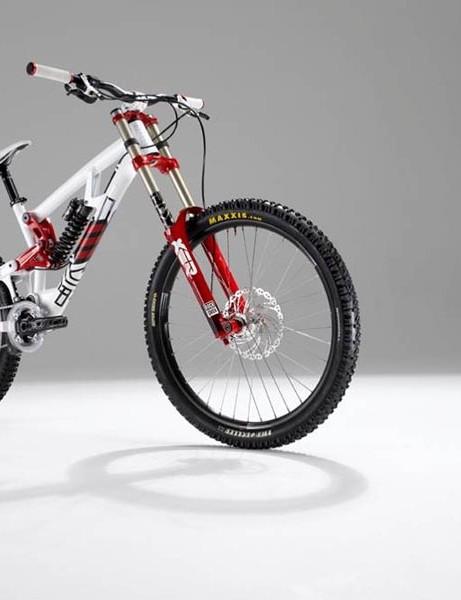 Saracen Myst downhill bike