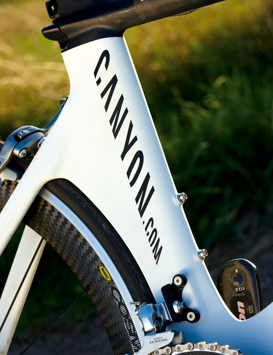 Smooth slab-sided frame tubes and the blended wheelhugger of the Speedmax minimise drag and maximise speed