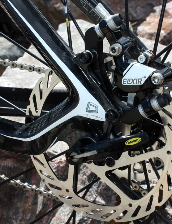New on the 2011 Alma 29 are carbon dropouts and rear disc tabs
