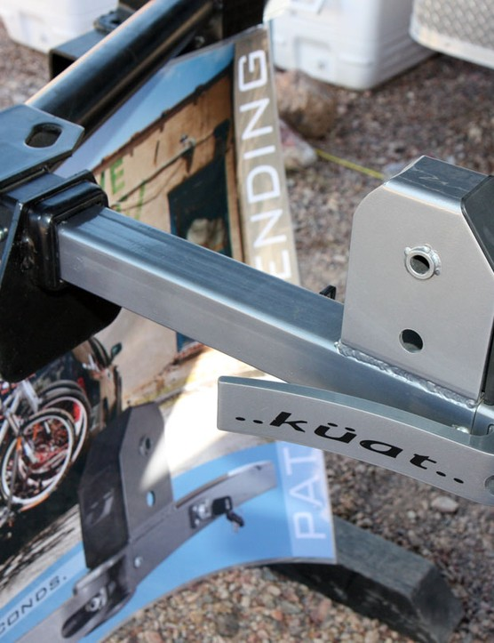 Küat's new Lynx base promises even faster and more stable mounting of its racks to your vehicle's receiver hitch