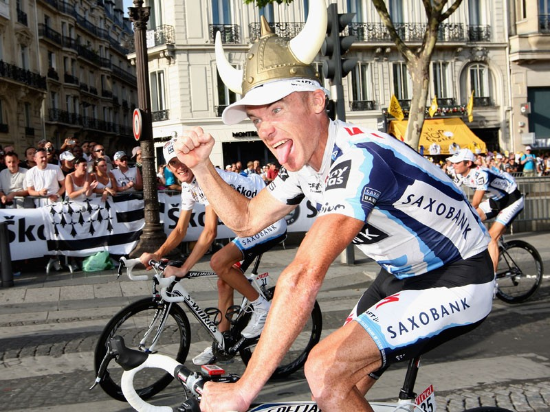 Stuart O'Grady will switch from Saxo Bank to the Luxembourgh Cycling Project next year