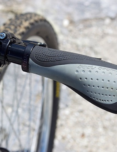 Specialized's Body Geometry Contour lock-on grip