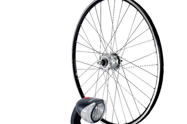 Spa Cycles N20 dynamo wheel and light combo