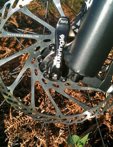A big rotor up front gives the Avid brakes serious power