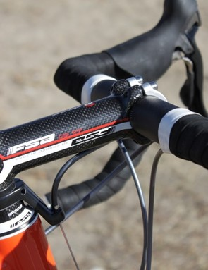 FSA's OS-99 CSI stem has an alloy base that's wrapped in carbon