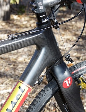The tapered head tube and stout fork offer great steering stability