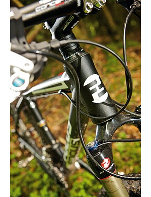 Lurking beneath the stealth matt black paint finish is a frame that's light, comfy and capable of efficient mile-munching