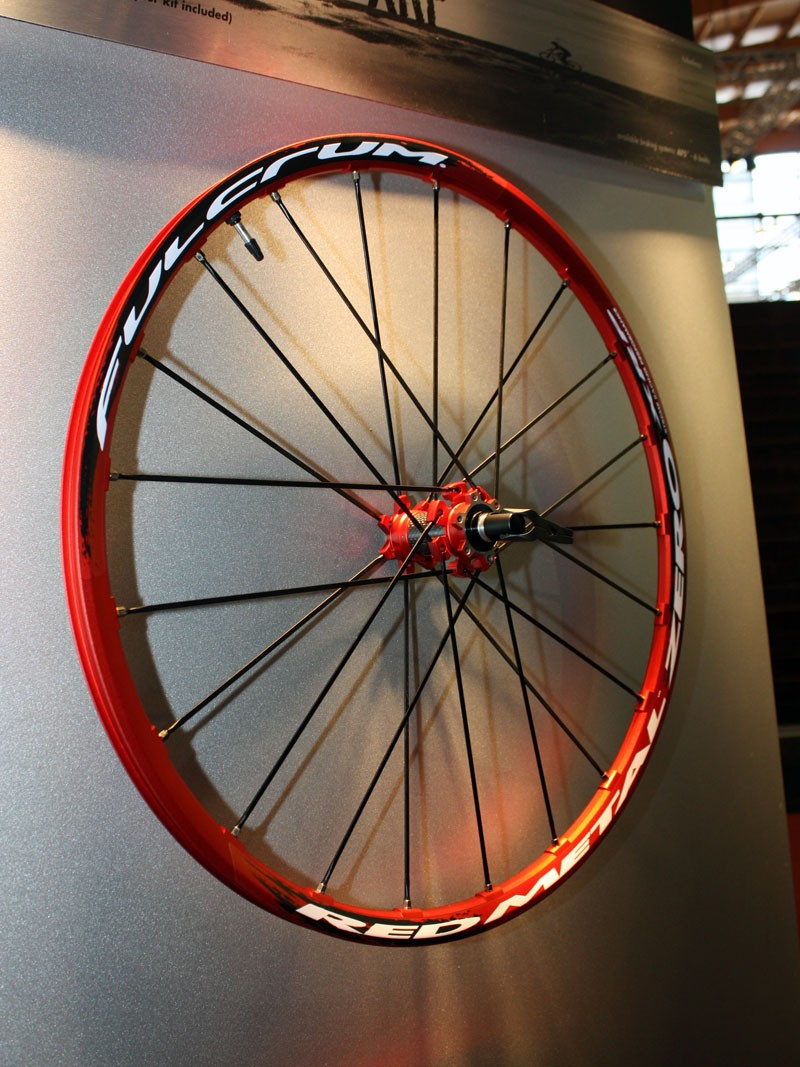 The Fulcrum Red Metal Zero lightens up for 2011, now with a claimed weight of just 1,470g