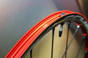 The solid outer rim wall on the Red Metal Zero makes for easy tubeless compatibility with no rim strips required