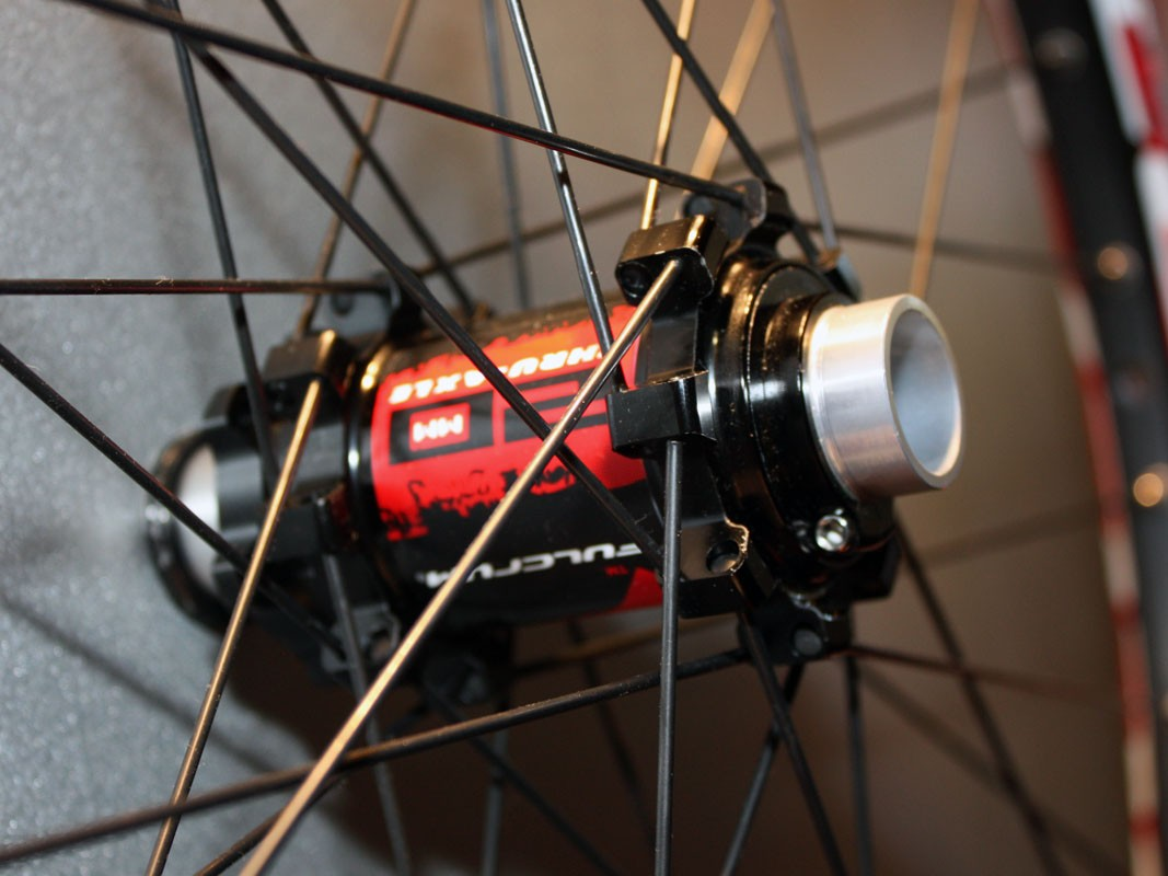 Giant alloy hub bodies anchor straight-pull stainless steel spokes on the new Fulcrum Red Heat