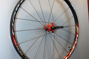 The Fulcrum Red Carbon XRP's rims are still UST tubeless-compatible with no rim strips required