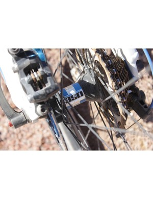 The DT Swiss 350 rear hub is custom matched to the Anthem's kit