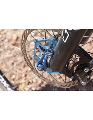 The Fox F29 FIT RLC fork comes with a custom 15QR axle to match the bike