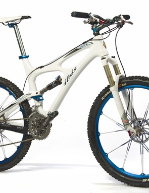 This custom build Ibis Mojo SL is one of the bikes being sold at auction to raise funds for Wheels4Life