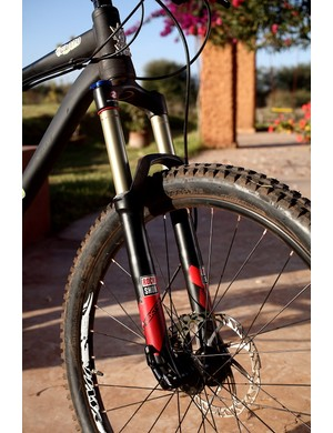 VooDoo Canzo with RockShox Sektor forks