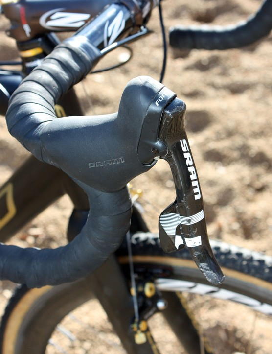SRAM Force DoubleTap levers show the marks of a crash