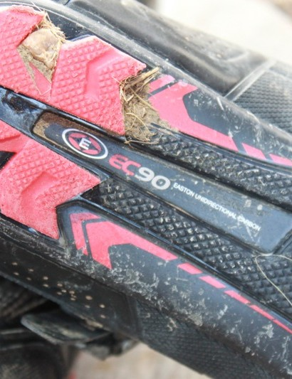 Easton's EC90 carbon shank provides a good mix of on the bike efficiency and off the bike walking comfort
