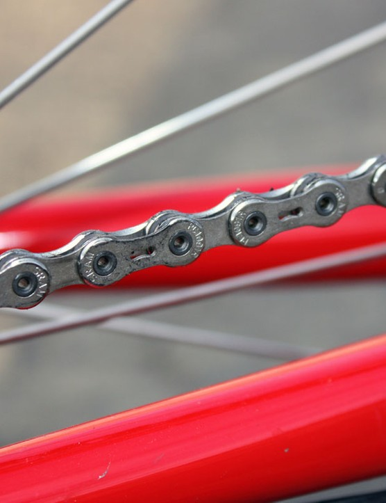 SRAM's latest PC-1091R chain has additional chamfering relative to the previous iteration for quieter running