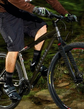 Sharp-handling frame that's complemented by the superb laser-guided fork