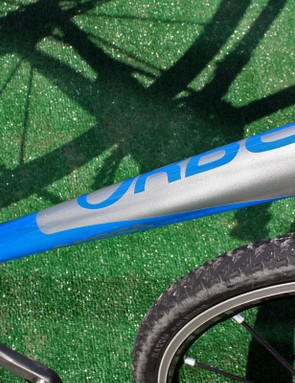 Orbea's Lobular tubeset features a down tube that morphs from vertically ovalized at the head tube to horizontally ovalized at the bottom bracket – with a unique four-lobed shape in the middle