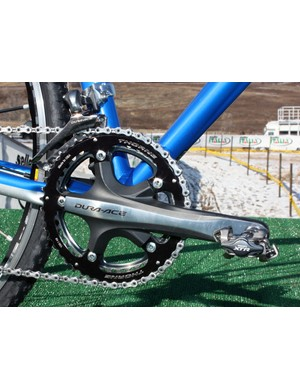 Shimano don't offer dedicated Dura-Ace 7900 outer chainrings in 'cross-specific sizes so the usual seamless look is somewhat interrupted here