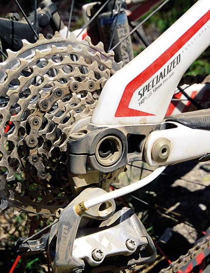 Clever engineering on the rear wheel/dropout increases stiffness