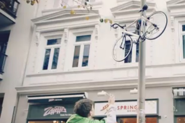 This lamppost climbing robot has been dubbed 'the most secure bike lock in the world'