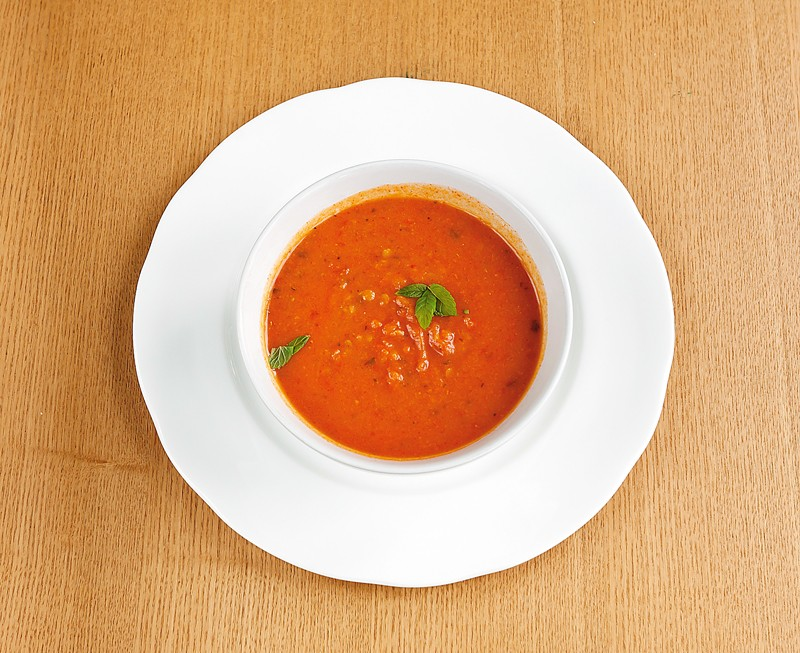 Spiced lentil and tomato soup