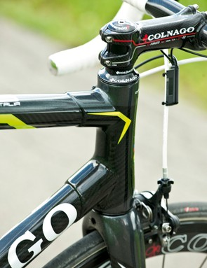 Hand-wrapped lugged carbon frame
