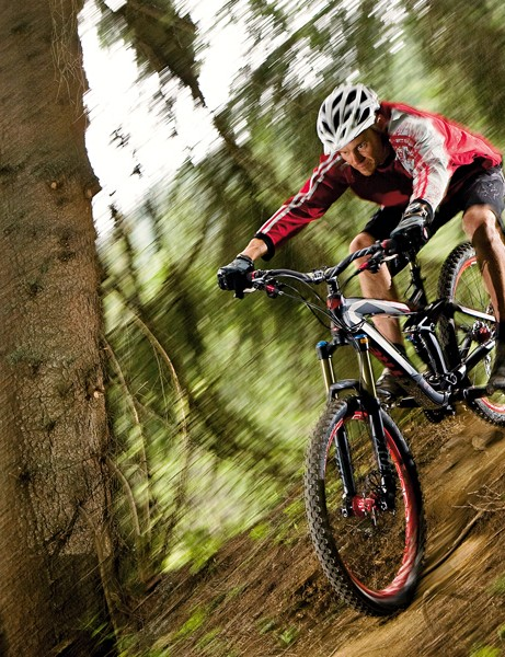 or big rides in challenging terrain, Trek's revamped Scratch Air 9 is a strong contender