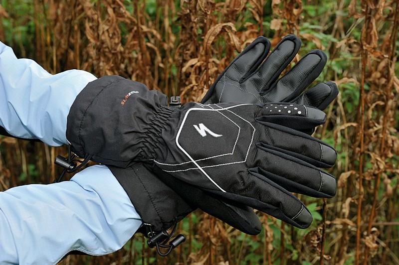 Specialized sub zero glove