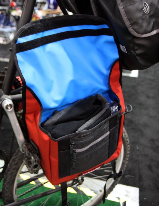The new Tandem Panniers are designed to hold a lot of stuff for your commute but still be easy to handle once you get there
