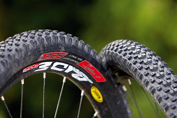 Intense System 4 C3 tyre