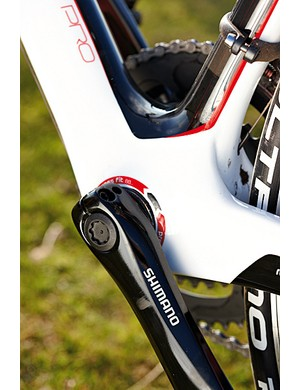 The chainset is Shimano's compact 34/50 FC-R600 – similar to older 105 and without the Hollowtech technology of current 105