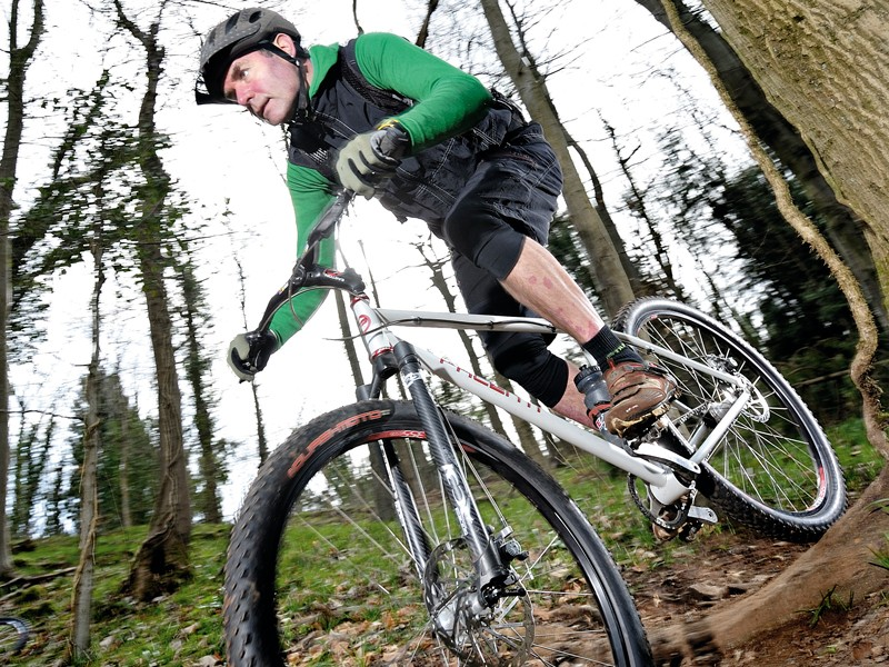 Is the 29er frenzy worth getting caught up in? We say figure out what feel of ride you favour before making any big decisions