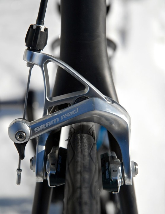 Standard SRAM Red brake calipers are fitted at either end.