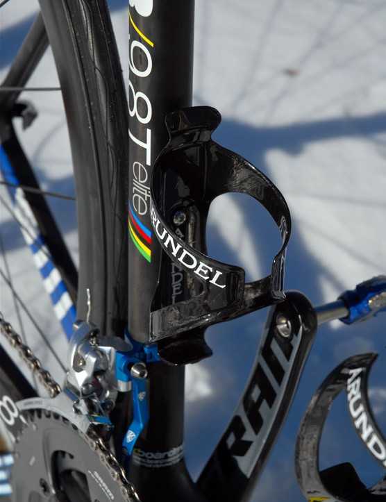 Arundel's Dave-O carbon fibre bottle cages are light but they also tenaciously hold bottles.