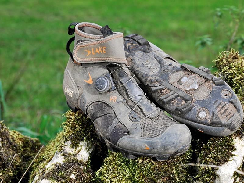 Lake MX140 mountain bike shoes