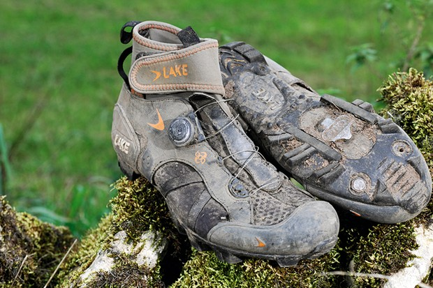Lake MX140 mountain bike shoes