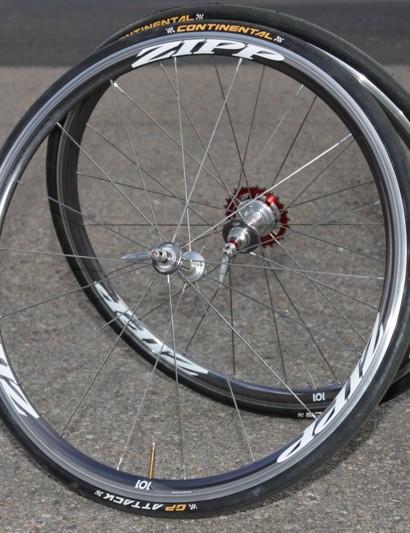 Zipp's aero, alloy, 101 wheelset