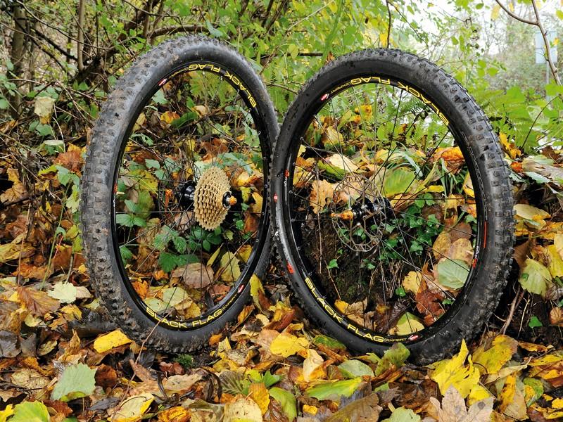 Sun Ringle Black Flag Expert Wheels