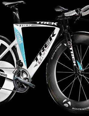 The team issue Trek Speed Concept bike