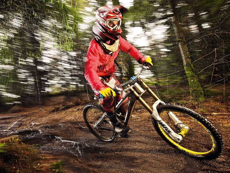 The Summum is the lightest production DH bike there is